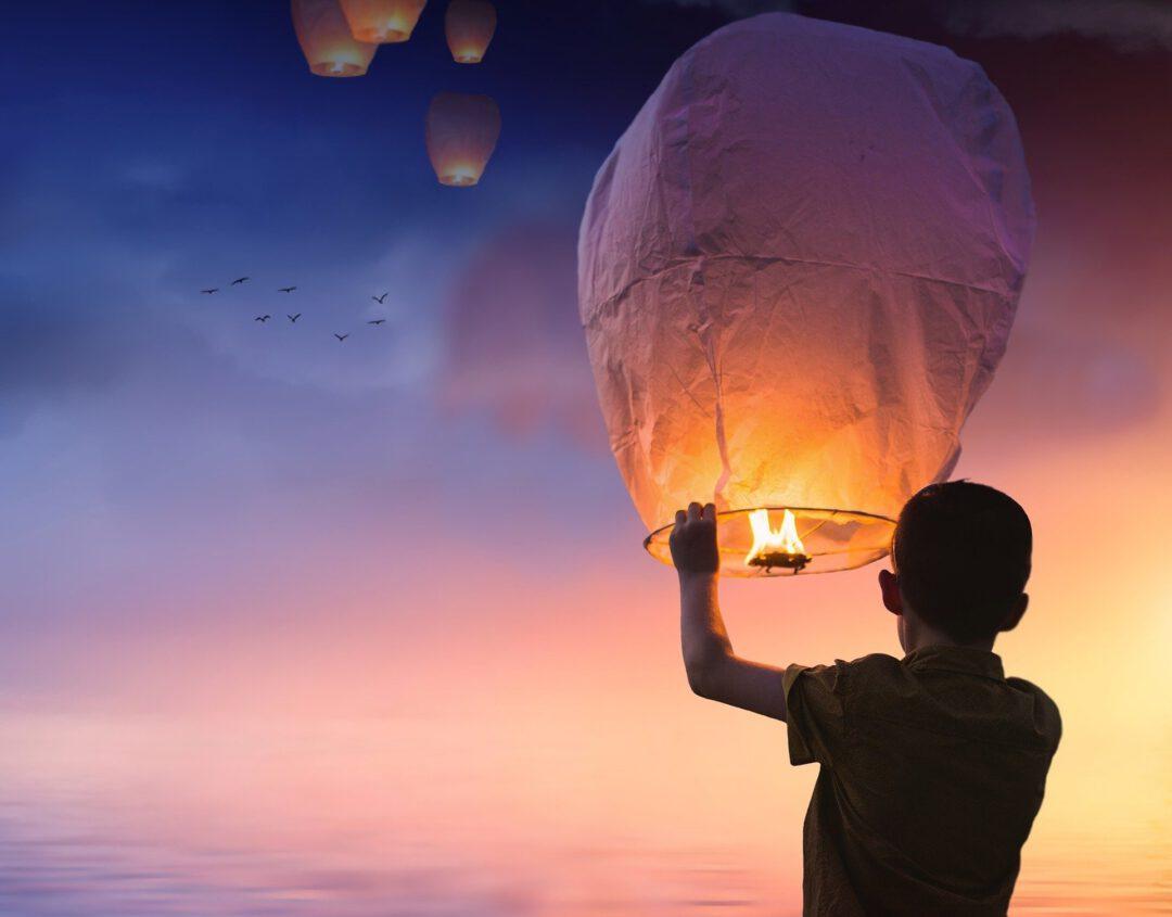Loslassen Luftballon Kind
